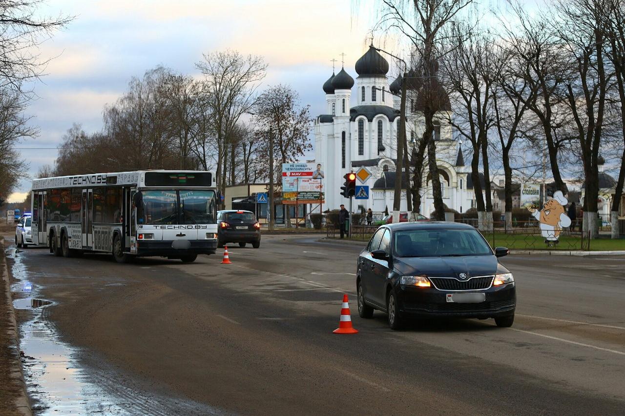 ДТП  на улице Тельмана. Фото: Александр КОРОБ