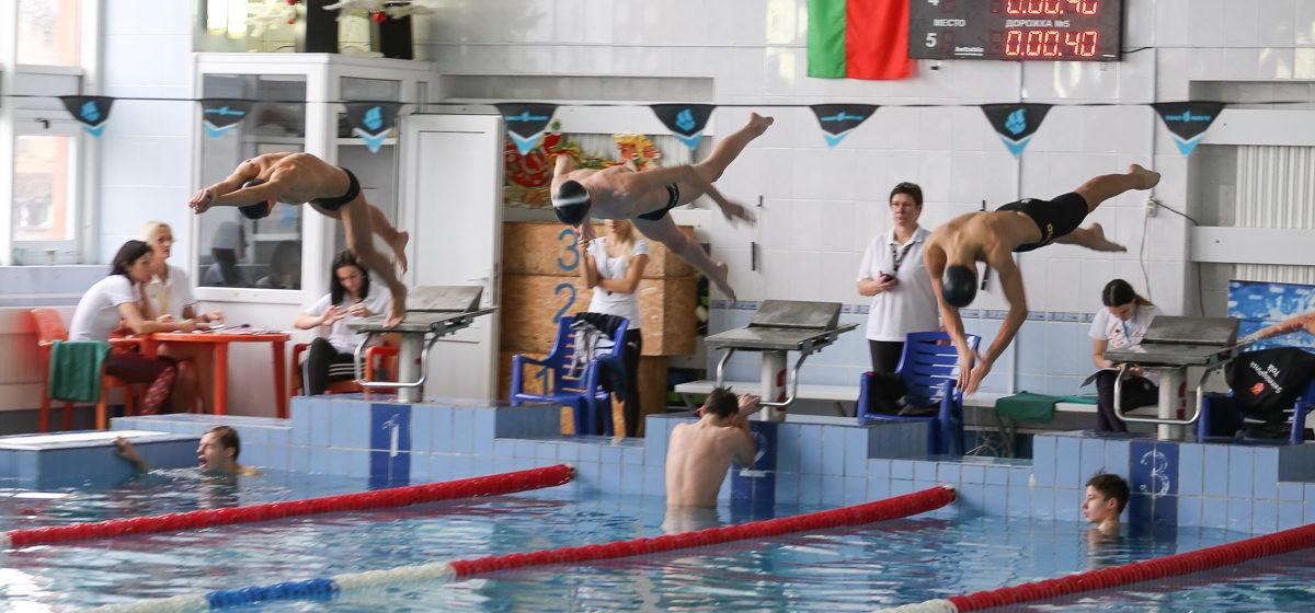 Барановичские пловцы отличились на итоговом этапе областного турнира