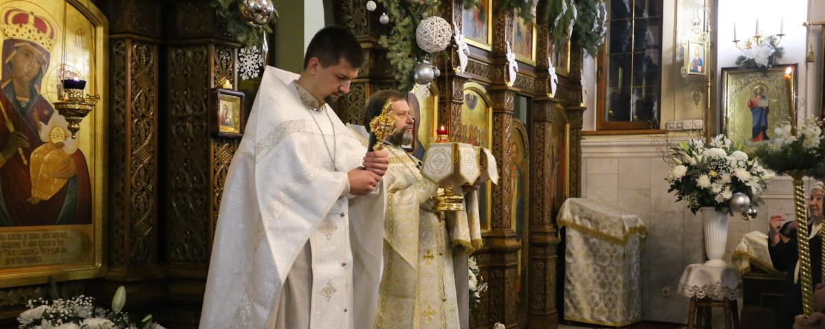 В Барановичах православные верующие отмечают Рождество Христово