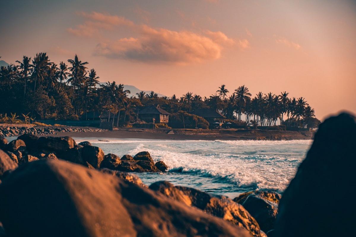 Пляж на востоке Бали, Паданг Бай. Фото: архив Максима БУЛАША
