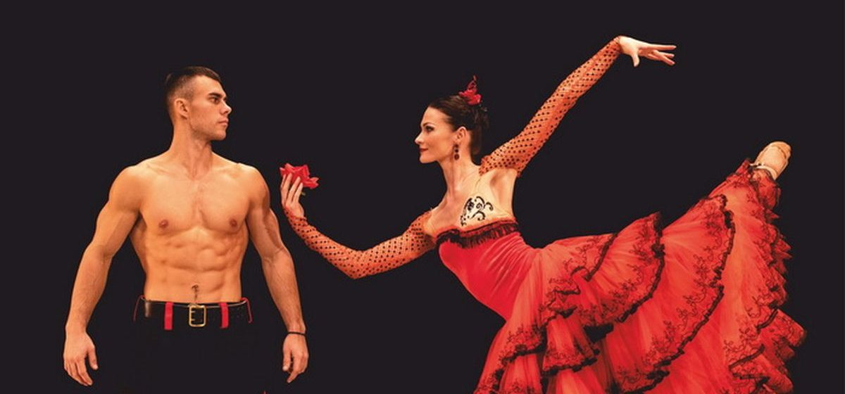Сила и хрупкость. Белорусские балерины и сотрудники МЧС снялись для совместного календаря