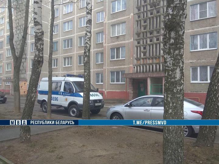 Двое мужчин в масках ворвались в квартиру в Мозыре, связали хозяев и вынесли деньги