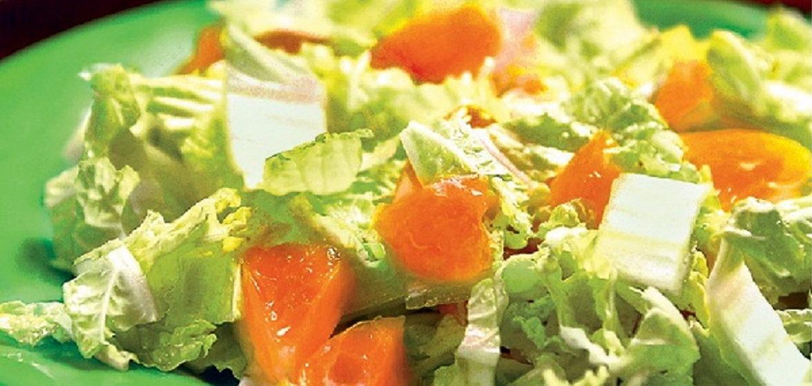 Вкусно и просто. Салат из пекинской капусты с лососем и апельсином