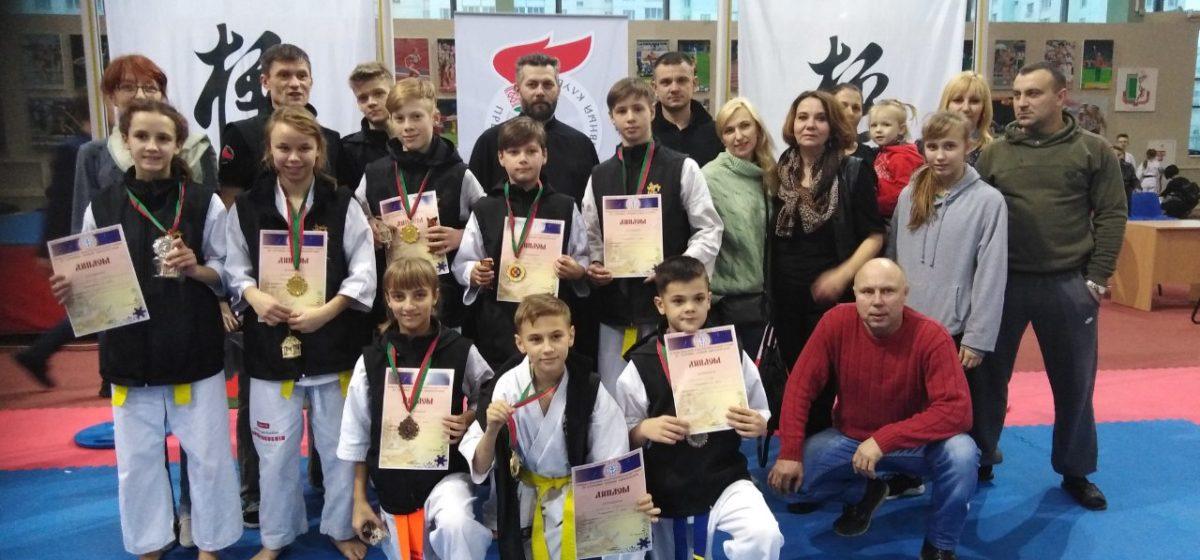Барановичские каратисты отличились на благотворительном Рождественском турнире