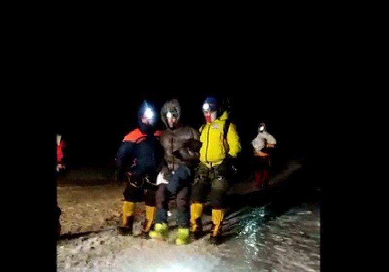 Минчанин в одиночку пошел покорять Эльбрус, но сорвался на высоте почти пять километров. Видео