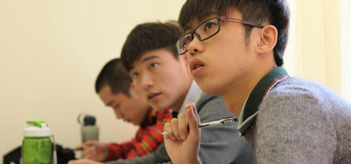 Минобразования не видит опасений в связи с возвращением китайских студентов после каникул