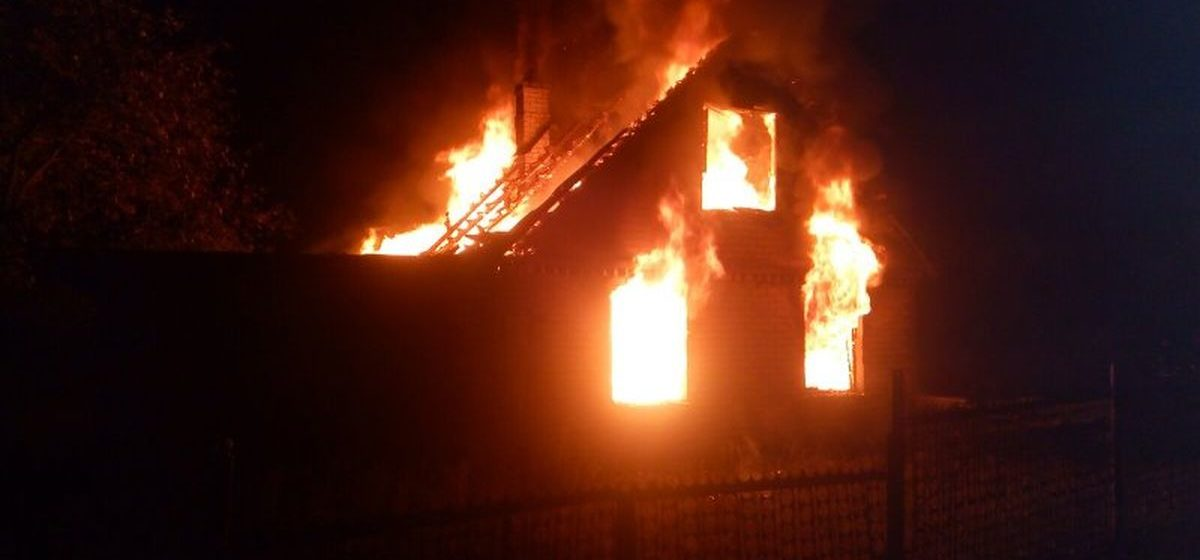 Мужчина пострадал на пожаре в Барановичах