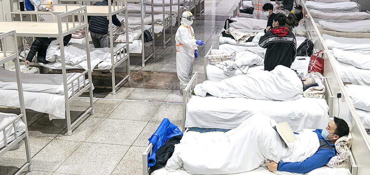 Более 70 человек умерли за сутки в Китае от коронавируса
