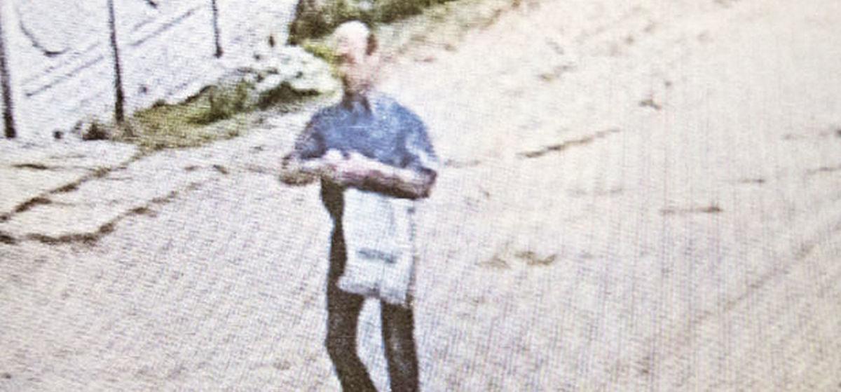 В Барановичах милиционер ехал на машине, увидел на улице преступника, остановился и предложил «подвезти»