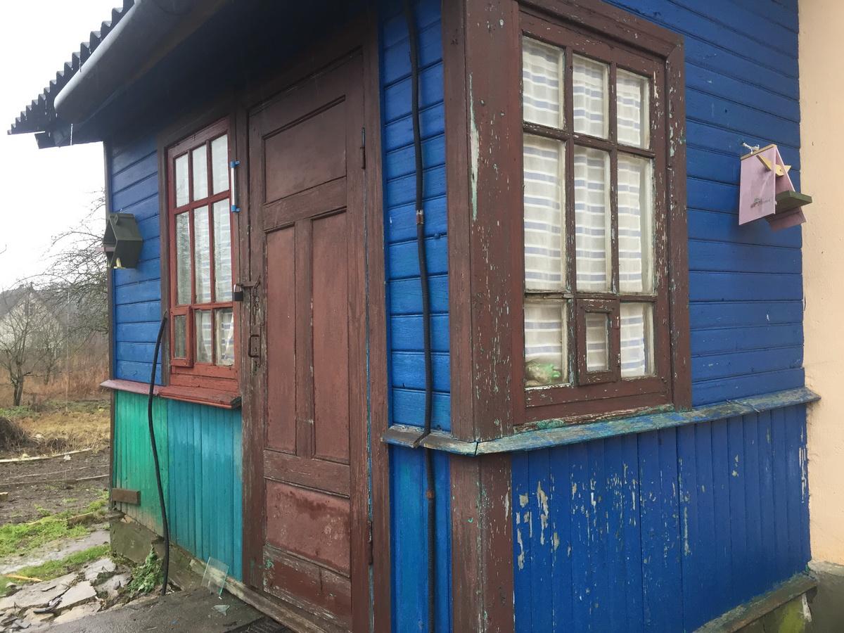 31 января. Дом заперт. По словам соседей, после того, как детей забрали, хозяйку дома они не видели. Фото: Ирина КОМИК