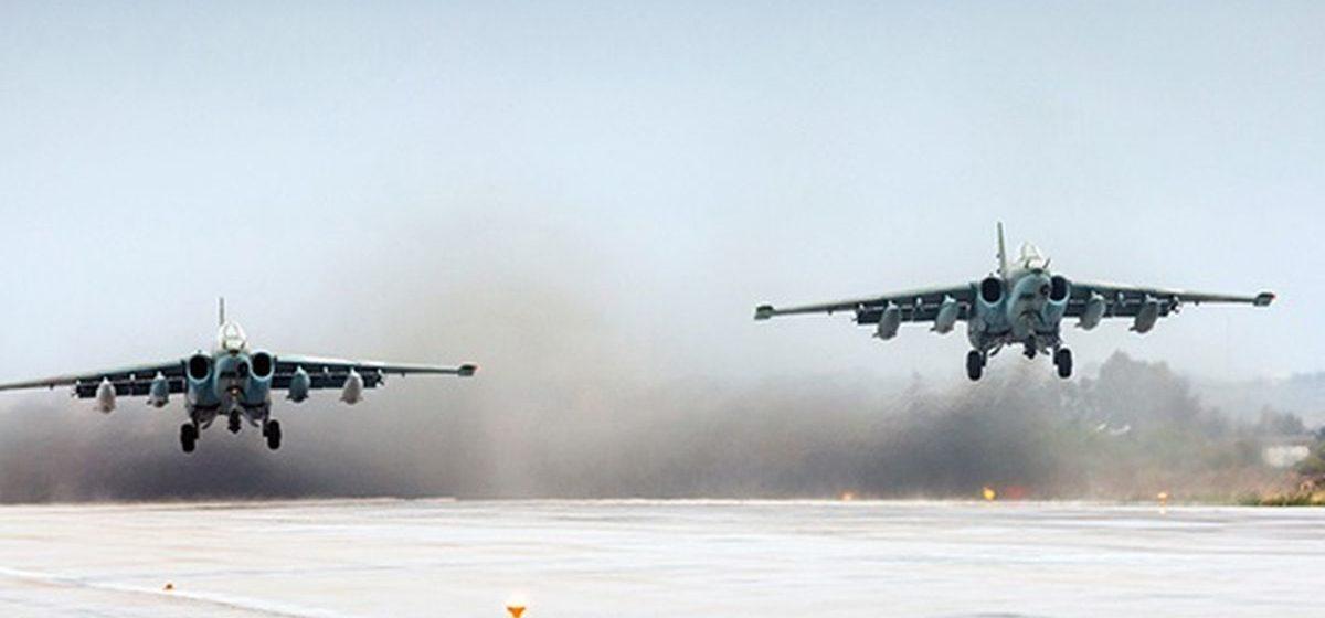 В России на взлетной полосе загорелся штурмовик Су-25