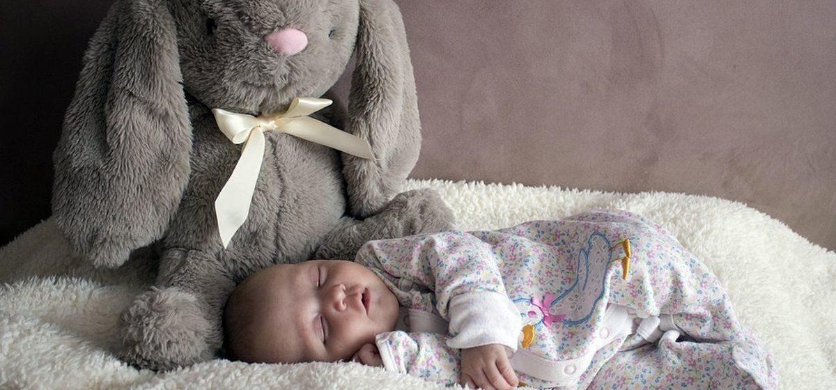 Молодые родители в России назвали новорожденного сына в честь коронавируса — Ковид