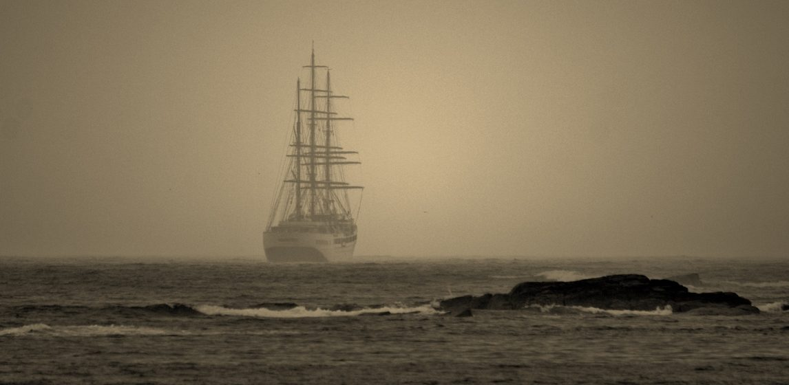 К берегам Ирландии прибило 77-метровый «корабль-призрак»