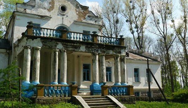 Прокуратура потребовала законсервировать усадебный комплекс Совейки в Ляховичском районе