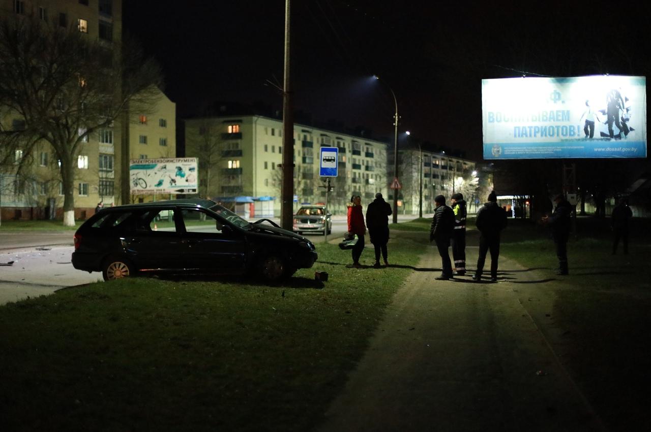 Авария на улице Брестской. Фото: Александр КОРОБ