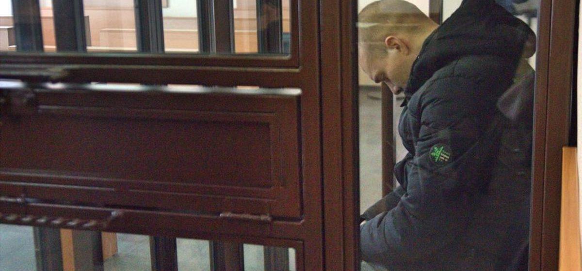 В суде над отцом, убившим 4-летнюю дочь, его сожительница рассказала, как все произошло