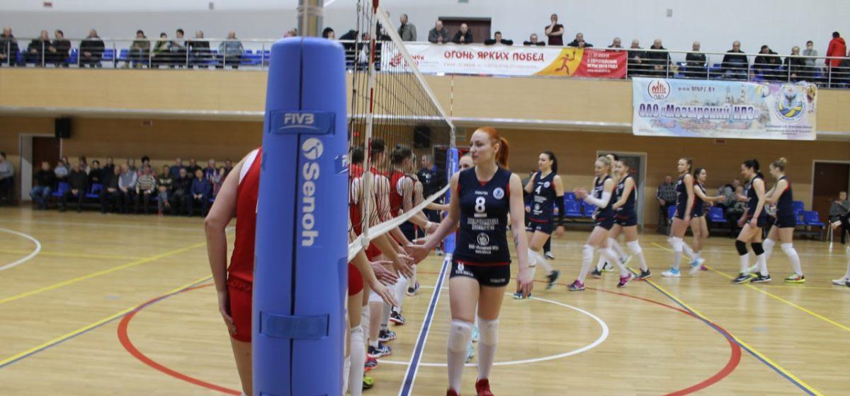 «Отпустили соперника в отрыв». Как завершился второй матч волейбольных команд Барановичей и Мозыря?