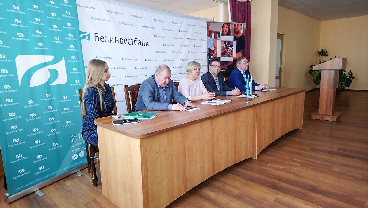 Пресс-конференция по вопросу введения новой системы оплаты проезда в Барановичах, 27 марта 2020 года. Фото: Людмила СТЕЦКО