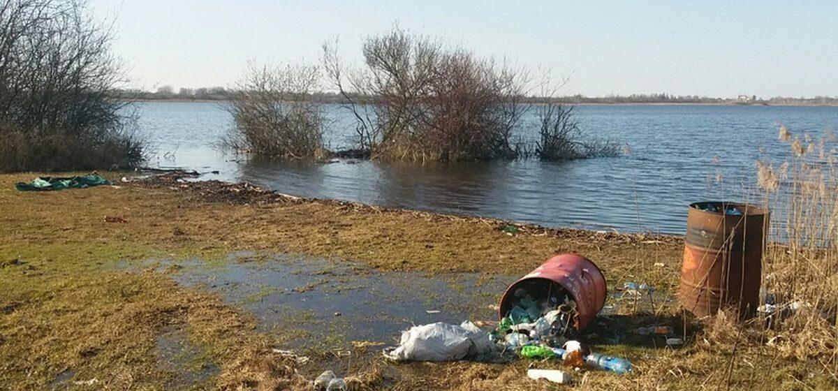 За уборку берегов барановичских водоемов среди рыбаков разыграют путевки