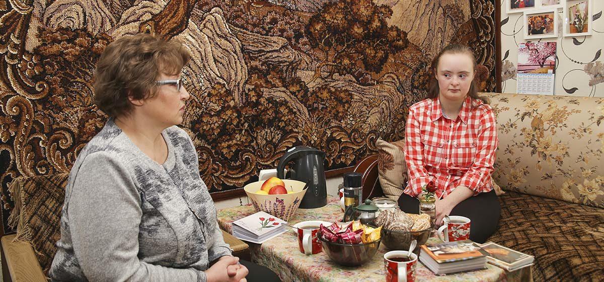 «Не прячьте своих детей». Жительница Барановичей – о сложностях воспитания дочери с синдромом Дауна, отношении общества и создании организации «Ты не один»