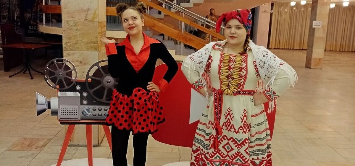 Юные барановичские актрисы и чтецы приехали с наградами с международного конкурса искусств