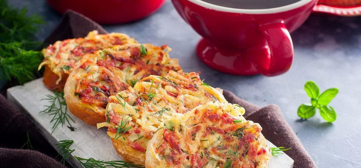 Вкусно и просто. Бутерброды с колбасой и картошкой