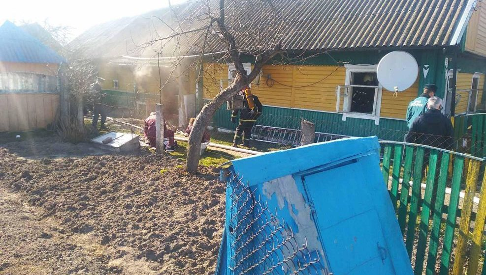 На пожаре в Ляховичском районе погибли мать и сын