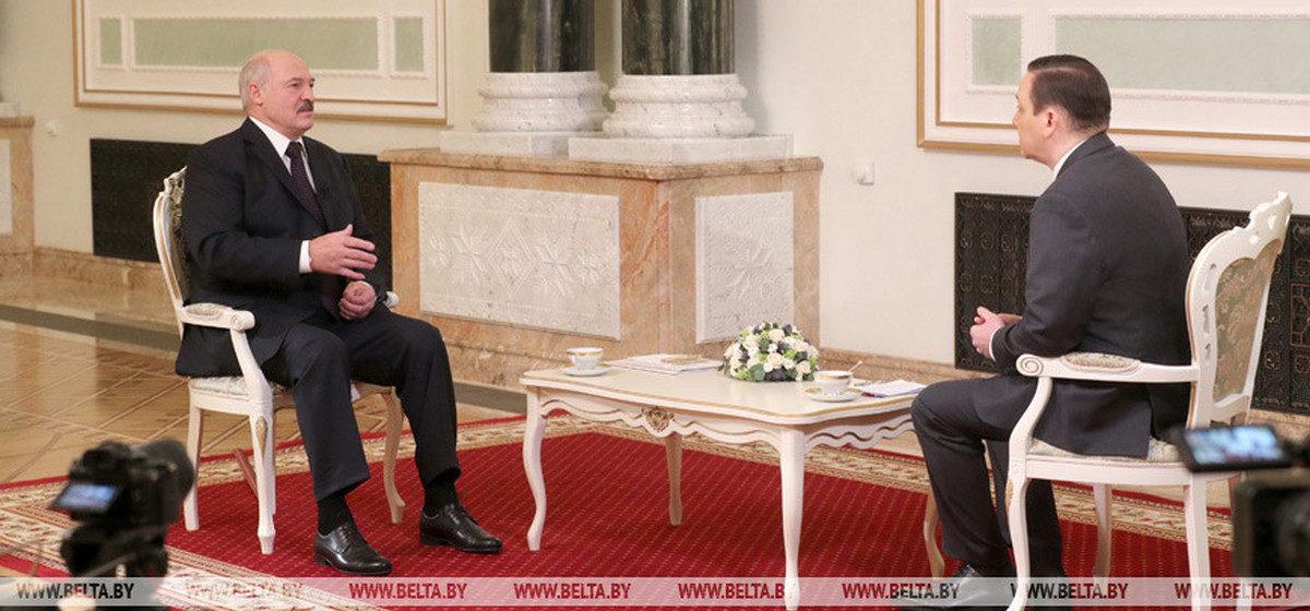Лукашенко заявил о четырех умерших от коронавируса