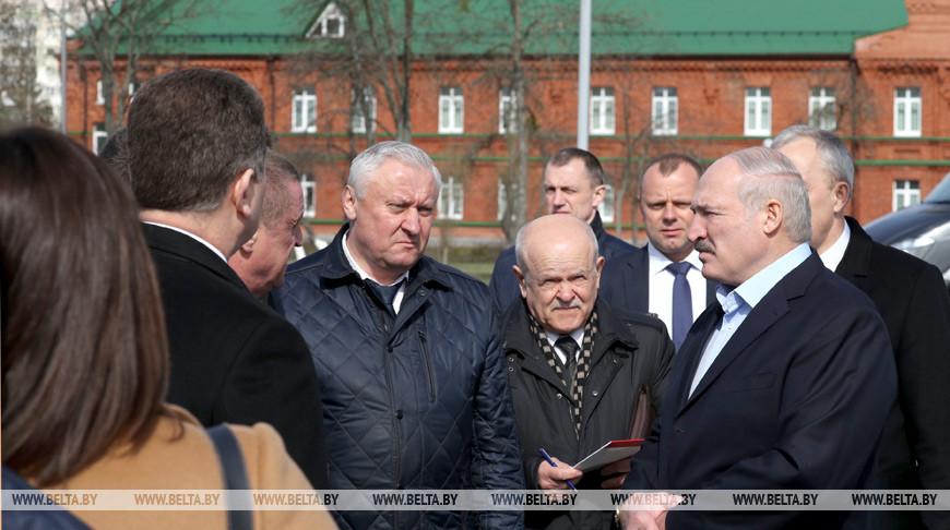 Лукашенко: в течение месяца, я уверен, мировая экономика, особенно у наших соседей, будет работать