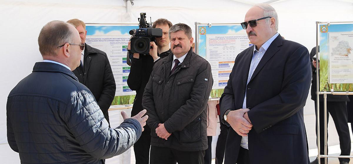 Лукашенко запретил регионам просить деньги и дал совет, где искать средства