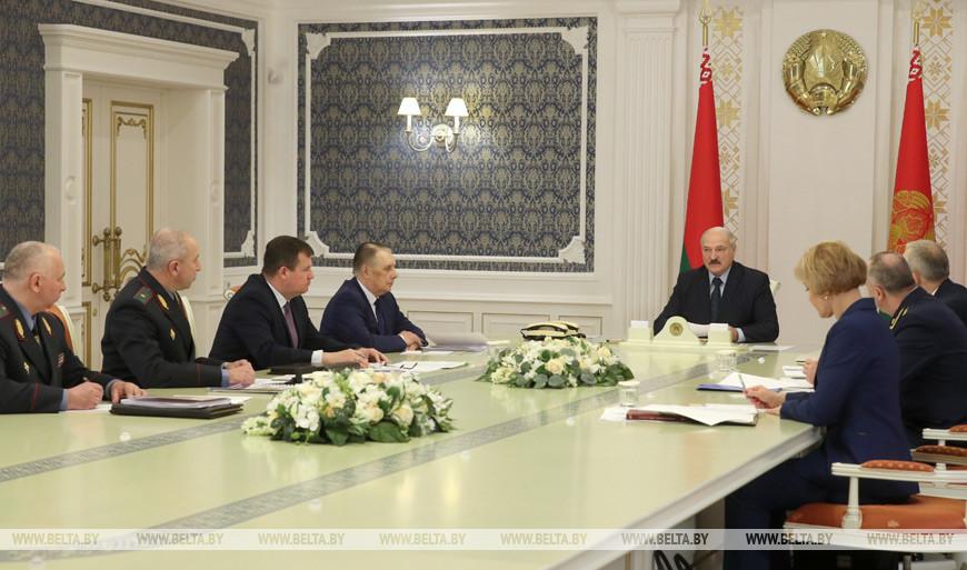 Кого можно амнистировать по «наркотической» статье, а кого нет, обсудили на совещании у Лукашенко