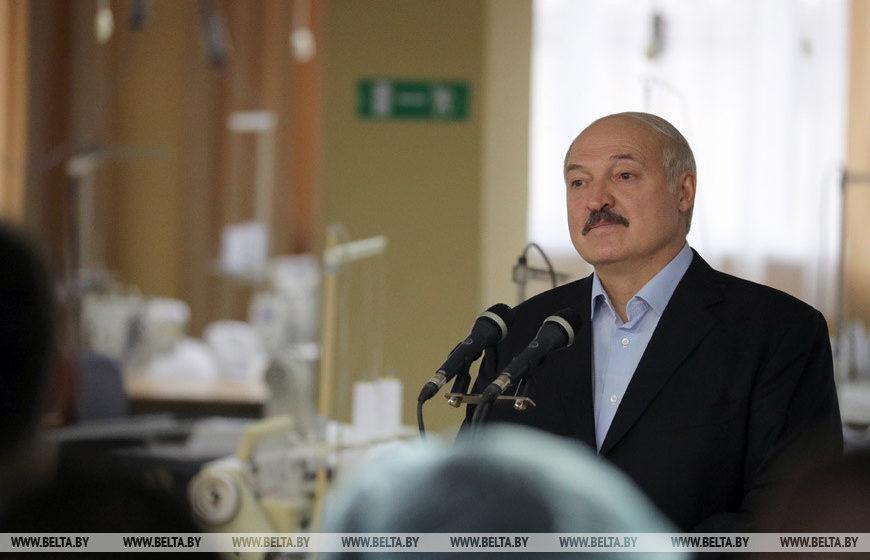 Президент Беларуси о коронавирусе: все смотрят, за что бы укусить Лукашенко