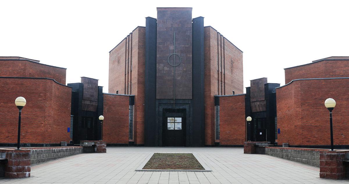 Крематорий на Северном кладбище в Минске. Фото: Ирина АРЕХОВСКАЯ, Belsat.eu