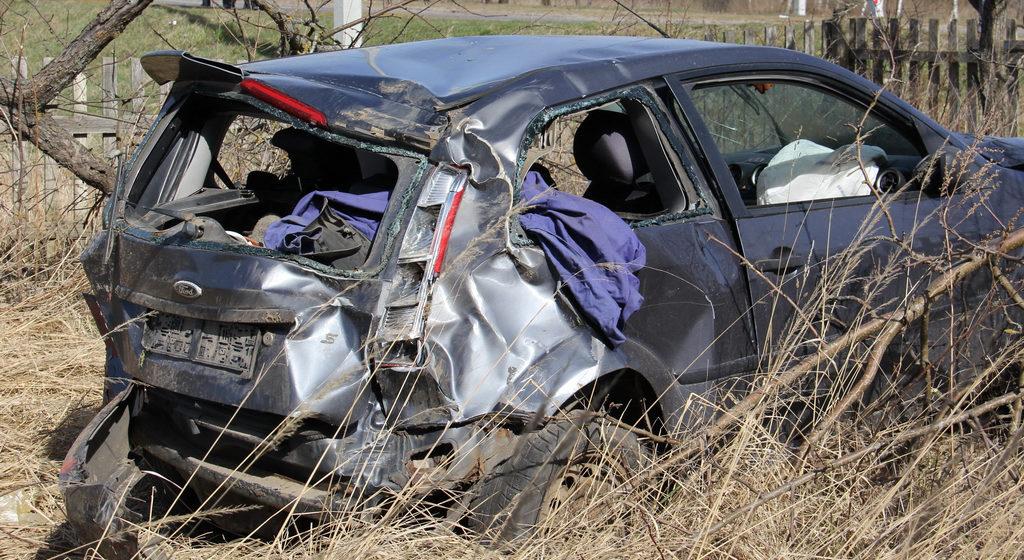 Смертельная авария под Могилевом: Ford несколько раз перевернулся, людей выбросило из машины