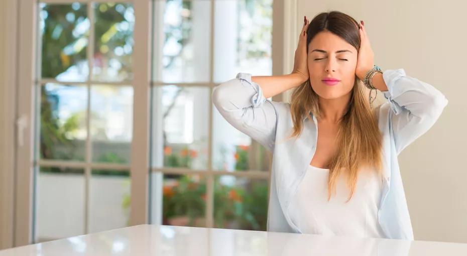 Медики назвали пять предупреждающих признаков потери слуха