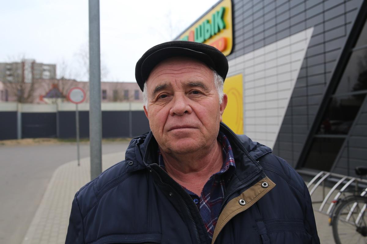 Майор запаса, ветеран вооруженных сил Боровик Игорь Наумович Фото: Андрей БОЛКО
