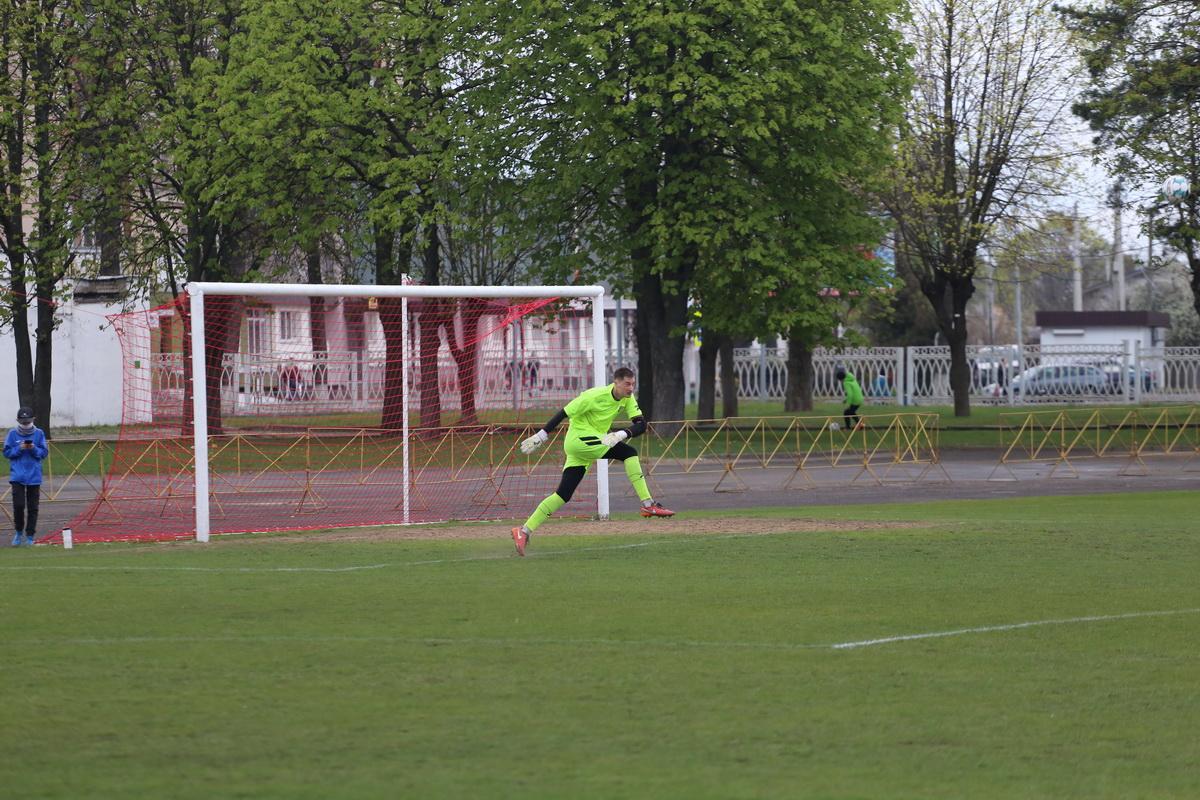 Вратарь Андрей Шунто. Фото: Андрей БОЛКО