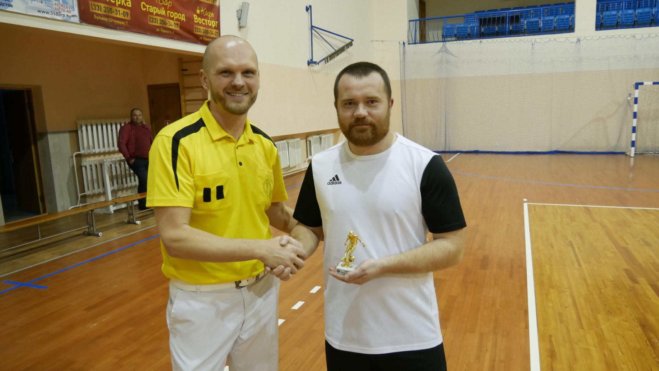"""Александр Климович (""""Кола"""")  один из трех спортсменов, признанных самым полезным игроком чемпионата."""