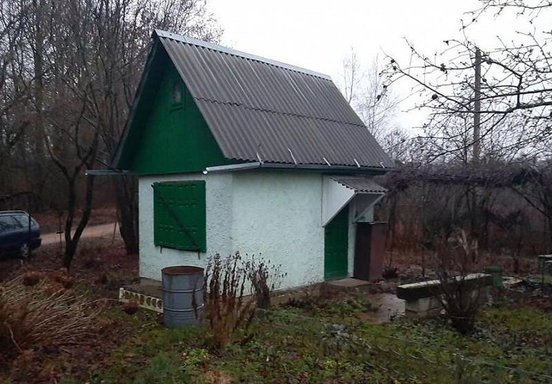 За этот домик в деревне Домашевичи просят 3630 долларов. Фото: re.kufar.by
