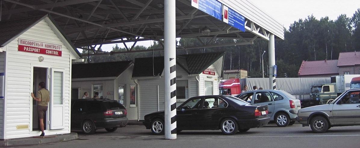Литва запретила въезд легковых автомобилей из Беларуси