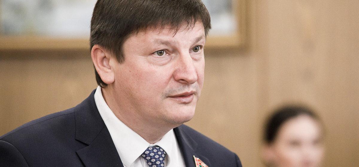 Депутат предложил вносить в список экстремистов преподавателей, которые «тиражируют ложь» о Второй мировой