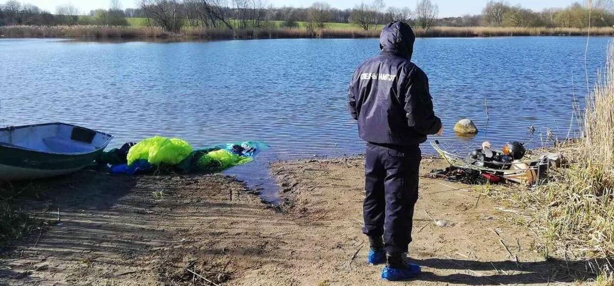 Параплан упал в озеро под Гродно. Погиб один человек