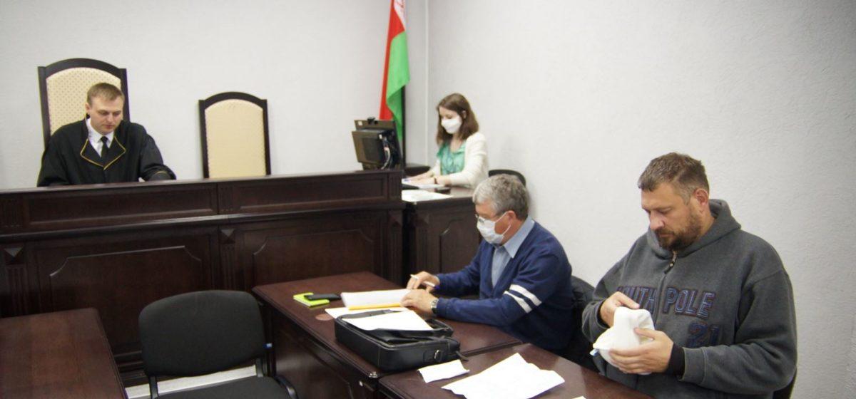 Всего — 45 дней. Блогера Тихановского приговорили еще к 15 суткам ареста
