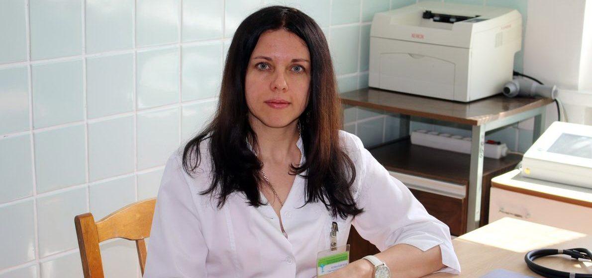 «Болезнь не всегда начинается с приступа удушья». Барановичский аллерголог – об астме, неочевидных симптомах и гормональном лечении
