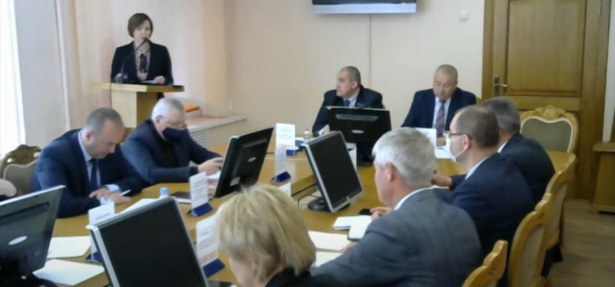 «На случай, если кто-то заболеет». Избирательные комиссии Барановичей и района заполнили по максимуму