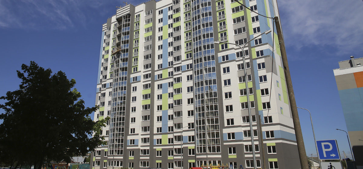 Как выглядит первая 16-этажка в Барановичах