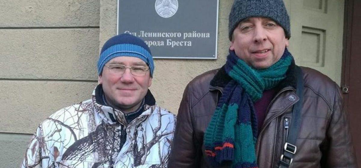 У блогера Аляксандра Кабанава выяўлены COVID-19, яго калега Сяргей Пятрухін з ізалятара таксама трапіў у бальніцу