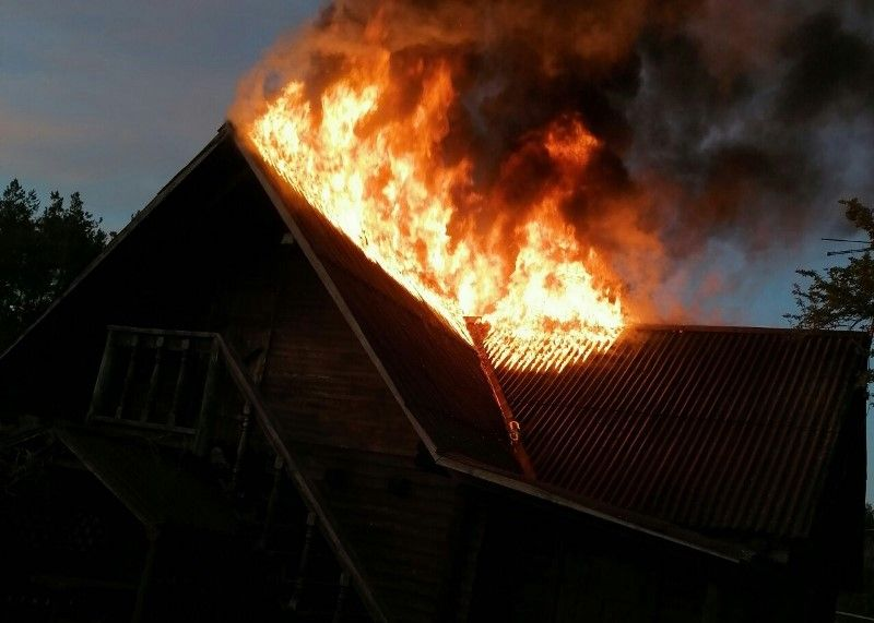 Пожар в бане, деревня Ежоны, 22 мая 2020 года. Фото: Барановичский ГРОЧС
