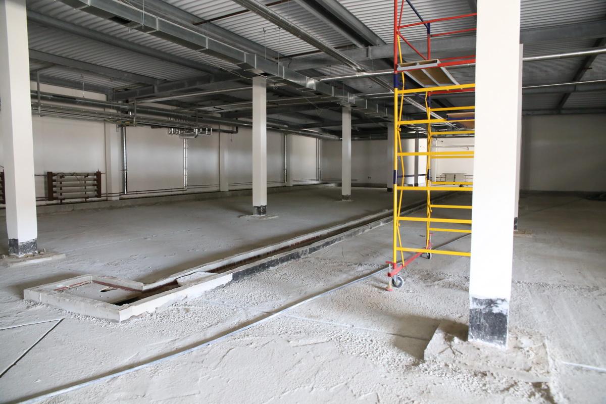 Помещение, в котором будет располагаться гараж. Фото: Андрей БОЛКО