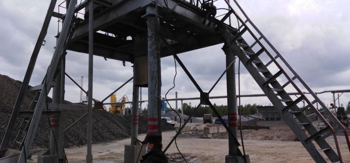 Рабочего завода убило током под Мозырем